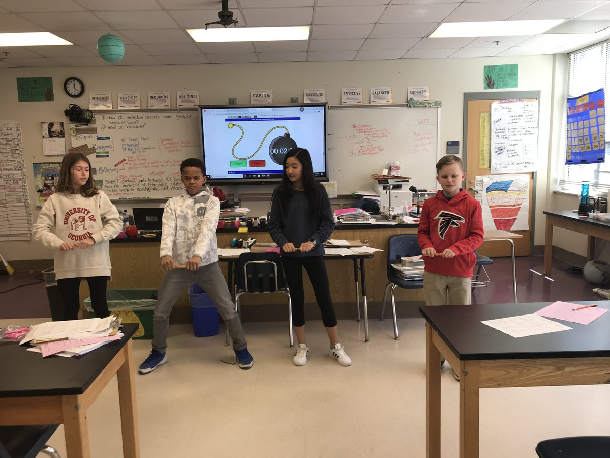 Are you STRESSED...If so whose FAULT is it?!?! Do you get it?!? #earthSCIENCE Quick demos of stress for some classes. #tension #compression #shear @SuttonPrincipal @Sutton6thGrade @SuttonPTA https://t.co/MPlSo7m5Yb