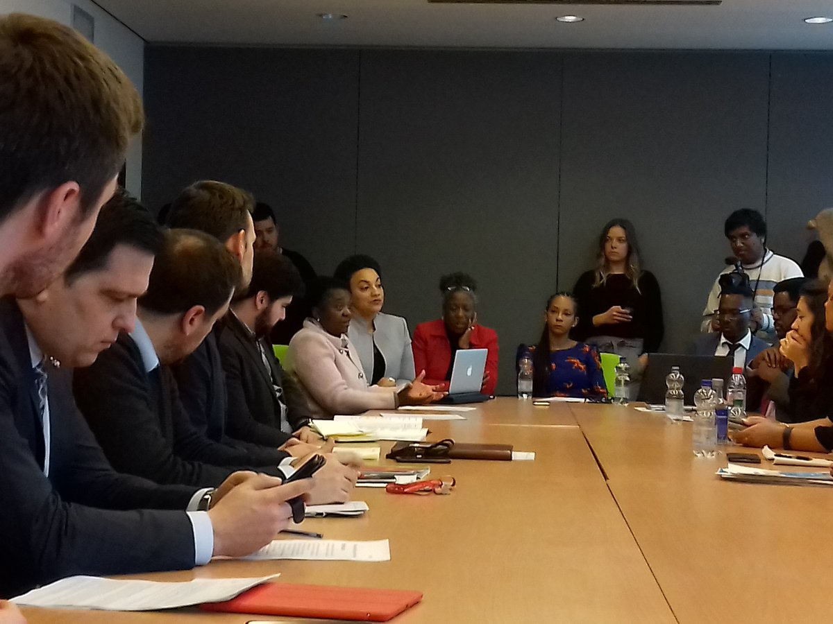 We won't have People of African Descent in the EU parliament on the next election ... @ckyenge  So what ate the party doing for this really? As PAD organisator we need a strayegy #fightracisme  #Diversityvote Now networking moment with MEP & their representatives