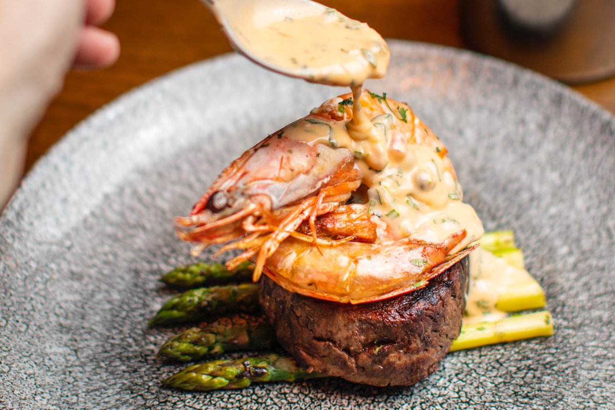 Gather together with friends and family and enjoy the very best food and wines.  #brasseriesixty6 #brasserie66 #restaurantdublin #dineindublin #chef #cooking #instafood #foodlover #food #foodpics #chefsofinstagram #culinary #eat #chefmode #foodnetwork