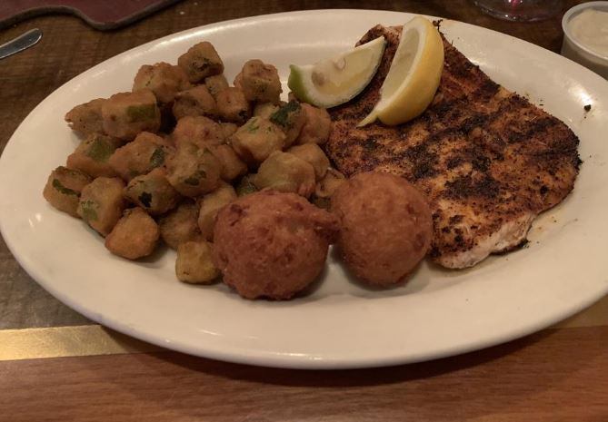 .@savannahvnwfdn hooked us up with the details about the seafood at Capt. Dave's on the Gulf. Read her review @nwfdailynews https://bit.ly/2Y9LCZj #EatingOut #Destin