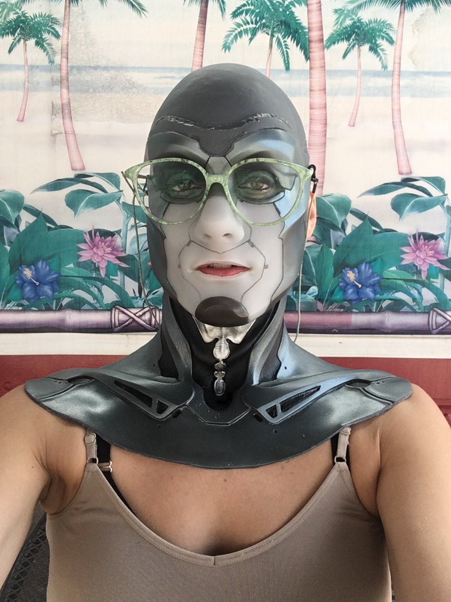 Amy Shira Teitel Nude peepers hashtag on twitter