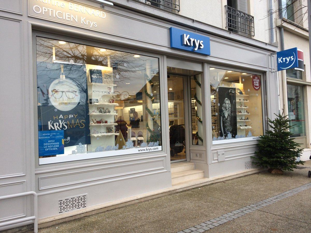 Les performances annuelles de #Krys Group en 5 chiffres-clés. Le leader français du marché de l'optique annonce un CA France à +5,8%. Et une part de marché de 15,5%. Le groupe va étendre son parc de points de vente Krys Audition à 170 unités d'ici à 2020. https://www.lsa-conso.fr/les-performances-annuelles-de-krys-group-en-5-chiffres-cles,314146…