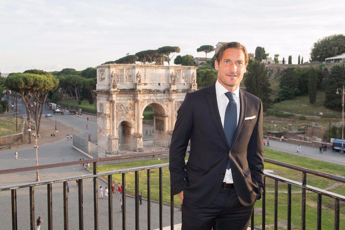 Orgoglioso di essere stato scelto come Ambasciatore Roma UEFA Euro 2020. #totti