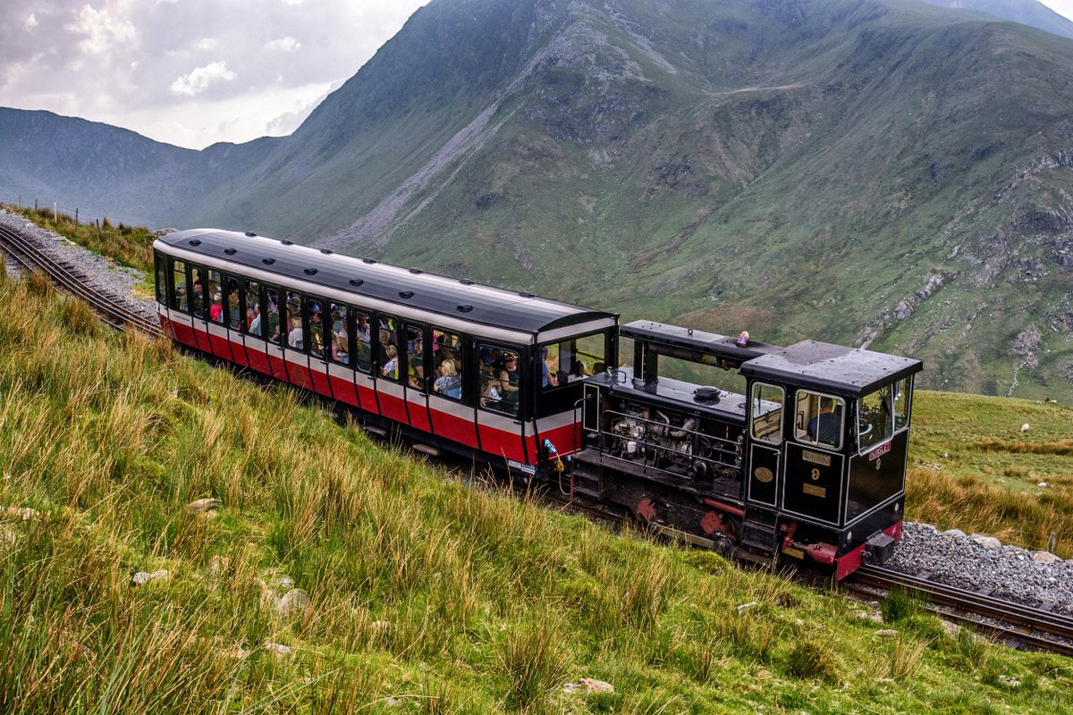 test Twitter Media - Our diesel service is now running to Clogwyn 3/4 up #Snowdon where the views can be spectacular! We aim to reach the summit by May, when the #steam service will commence & Hafod Eryri, the summit visitor centre will reopen. Book online https://t.co/by9uq38BX2 #WalesAdventure https://t.co/PdVStwkSgC