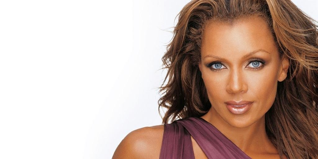 A benefit concert featuring award-winning singer, actress and #SyracuseU alum Vanessa Williams '85 will support students of color with unmet financial needs: http://ow.ly/MqUX30o7ydx