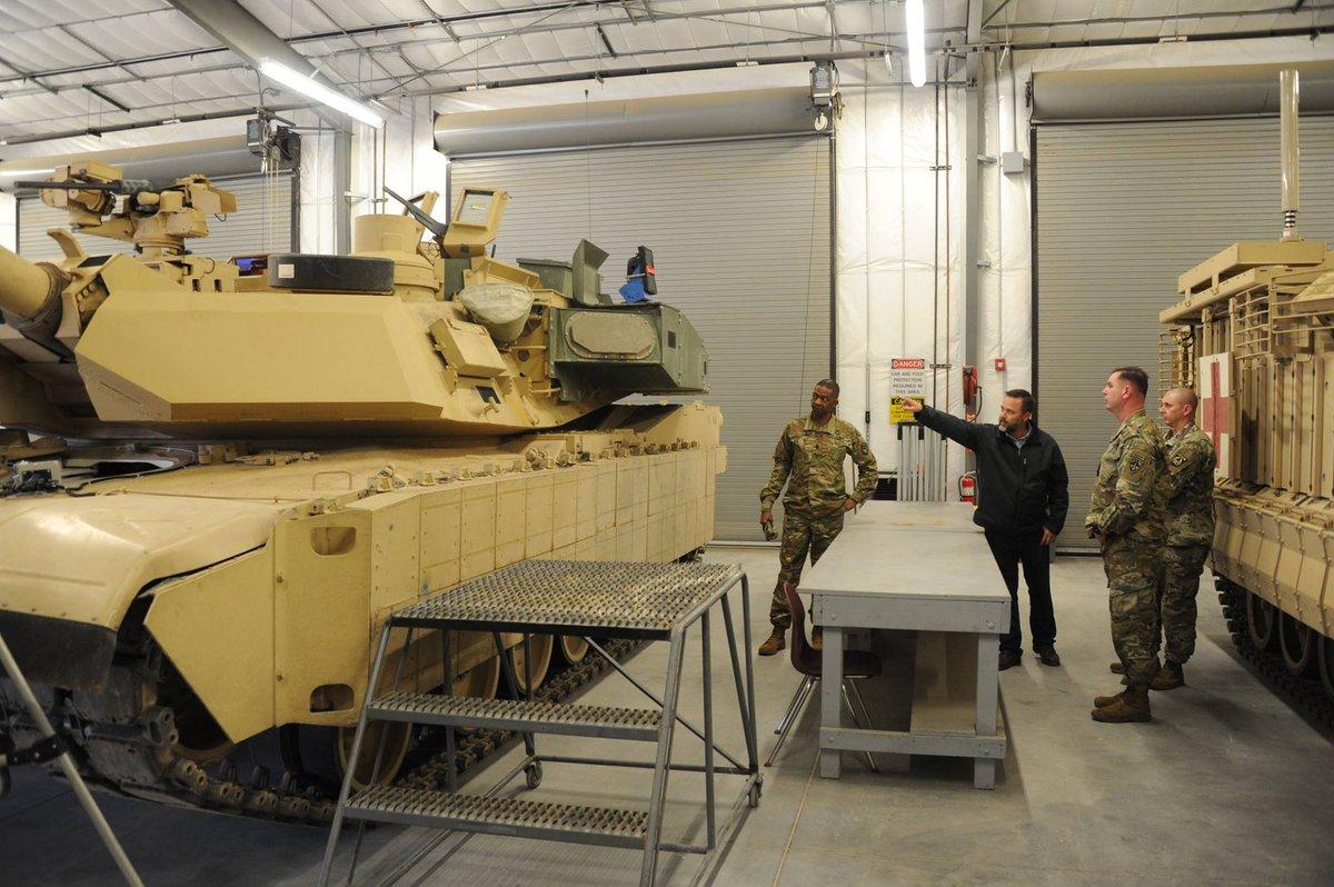 المباشره بالانتاج الكمي لدبابات Abrams M1A2 SEPv3 الامريكيه  D2HW76gUYAEsRSd