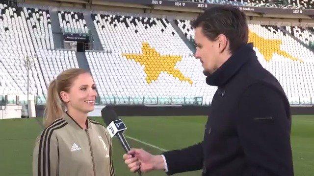 Verso la Première   🎙 Tuija Hyyrynen: «Giocare qui sarà grande per noi, ma anche per tutto il calcio femminile in generale»   Avvicinati a #JuveFiorentina con @JuventusTV 📲   Il tuo biglietto gratuito per domenica? 🎟 http://juve.it/3pYf30o4opS