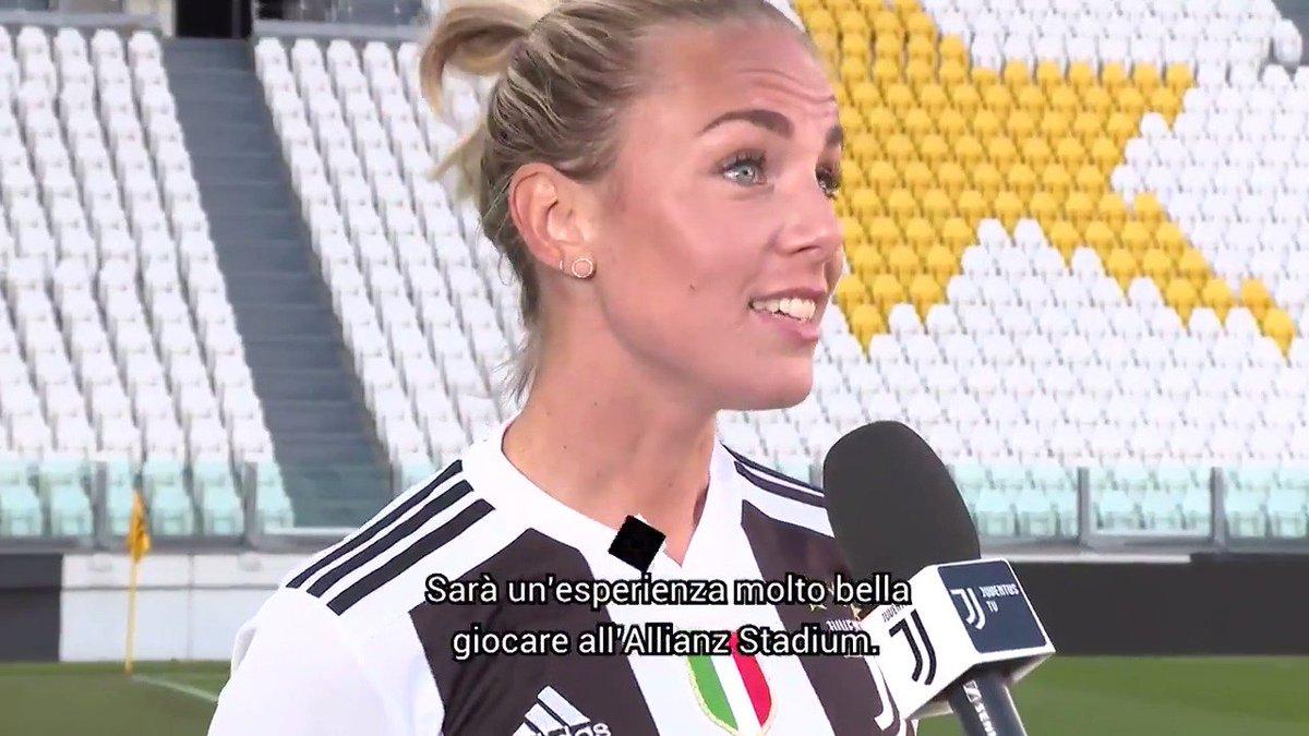 Verso la Première   🎙 @nellaekroth: «Non vediamo l'ora. Speriamo venga molta gente allo stadio»   Avvicinati a #JuveFiorentina con @JuventusTV 📲   Il tuo biglietto gratuito per domenica? 🎟 http://juve.it/3pYf30o4opS