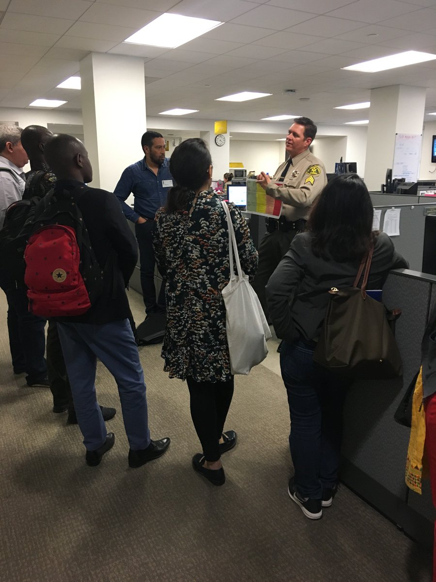 Yesterday's afternoon visit to @LASDHQ frm a multinational @ivc_la @StateIVLP delegation of reporters & media experts featured a stop to our #LASD 24 Hour Media Desk & a round-table w/Muslim Community Affairs Unit.
