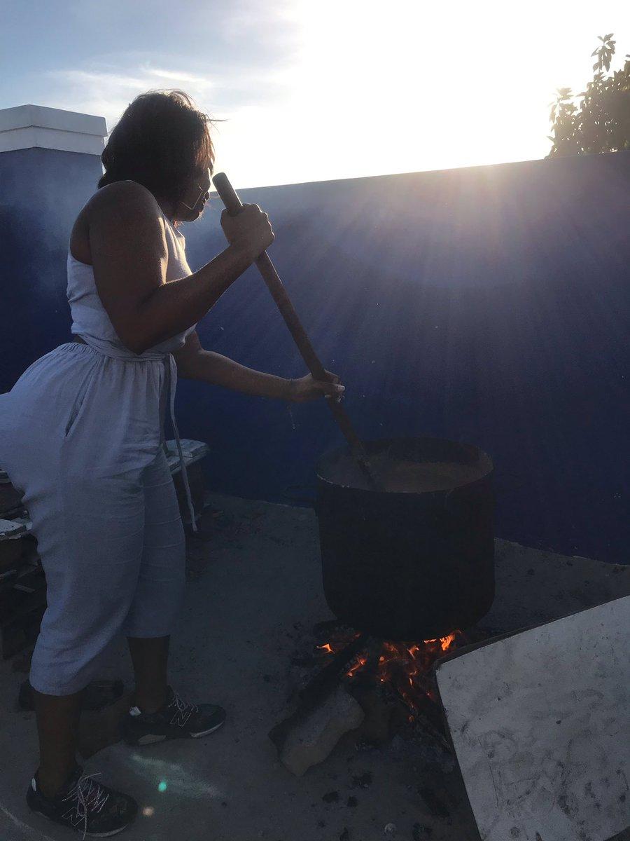 Making mnqombothi - 3 generations ❤️