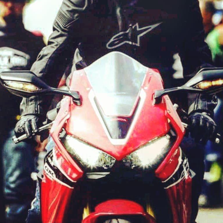 Shine on you crazy diamond!#honda #alpinestars #shineonyoucrazydiamond #hondaglobal #biker #moto #supersport #cbr1000rr #hondacbr #motogp #skysport #racetrack #fairytale #motociclismo #caferacer #seipercento #pinkfloyd #hondamoto #hondista #training #tattoo #honda_japan #garage<br>http://pic.twitter.com/gMvEuv2Wuj