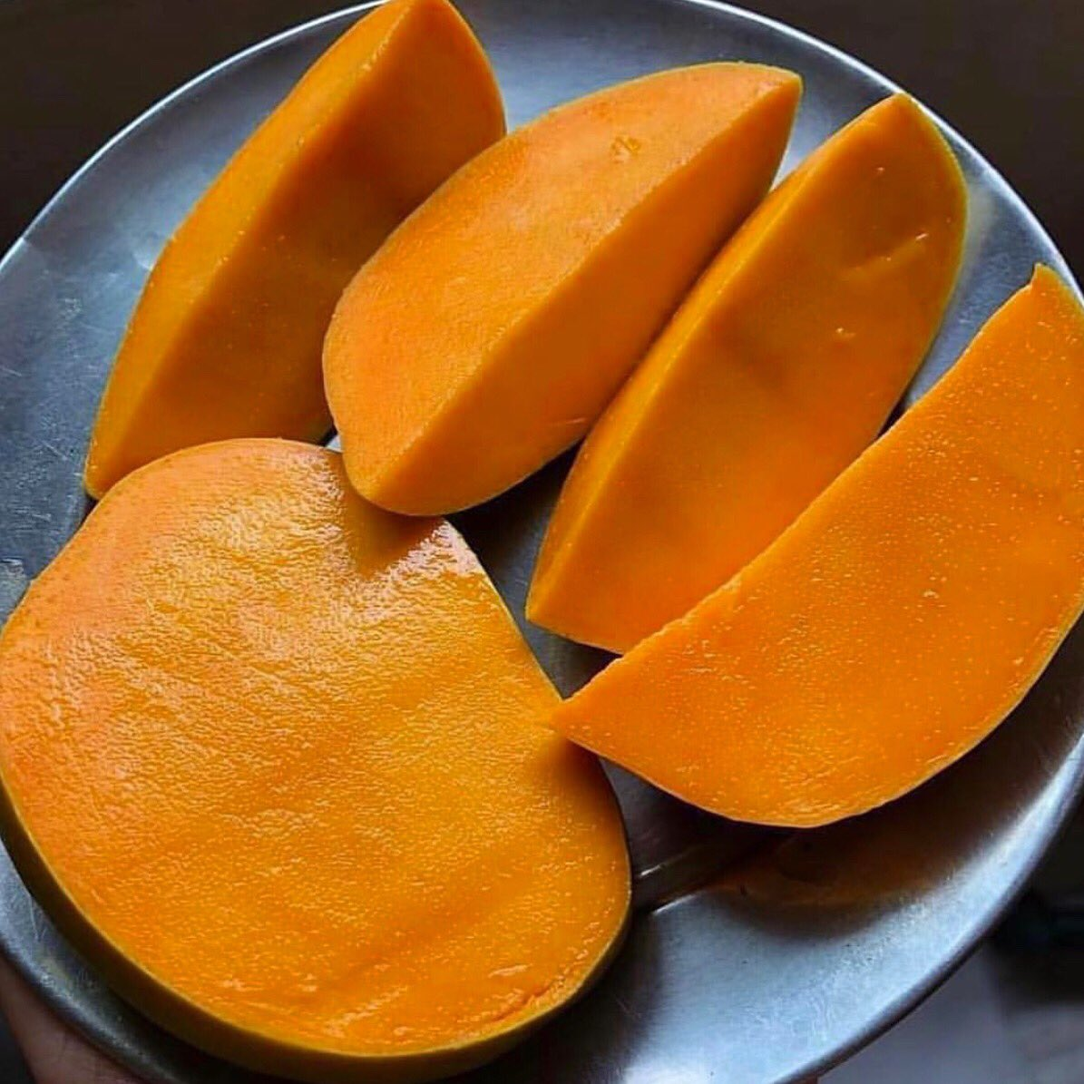 Who's ready for mango season? 😋