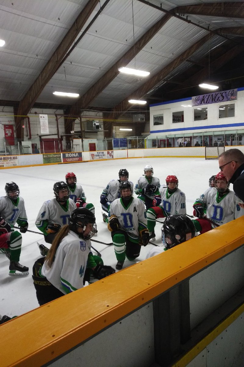 St. David Celtics are 3-0 at OFSAA A/AA girls hockey championship after 4-0 win over Eastside SS. Chloe Davidson (2), Maddy Bourque and Emma Mulhall did the scoring, Mikayla Schnarr and MacKenzie Koenig sharing shutout. Celtics play a quarter-final game today. @D8Athletics