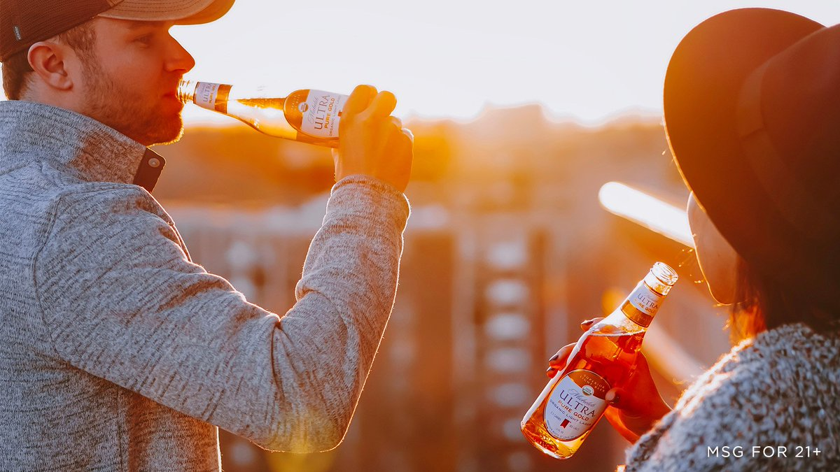 Cheers to moving happy hour back where it belongs…  outside. #ExperiencePureGold #FirstDayOfSpring<br>http://pic.twitter.com/uTSiYbXAPK