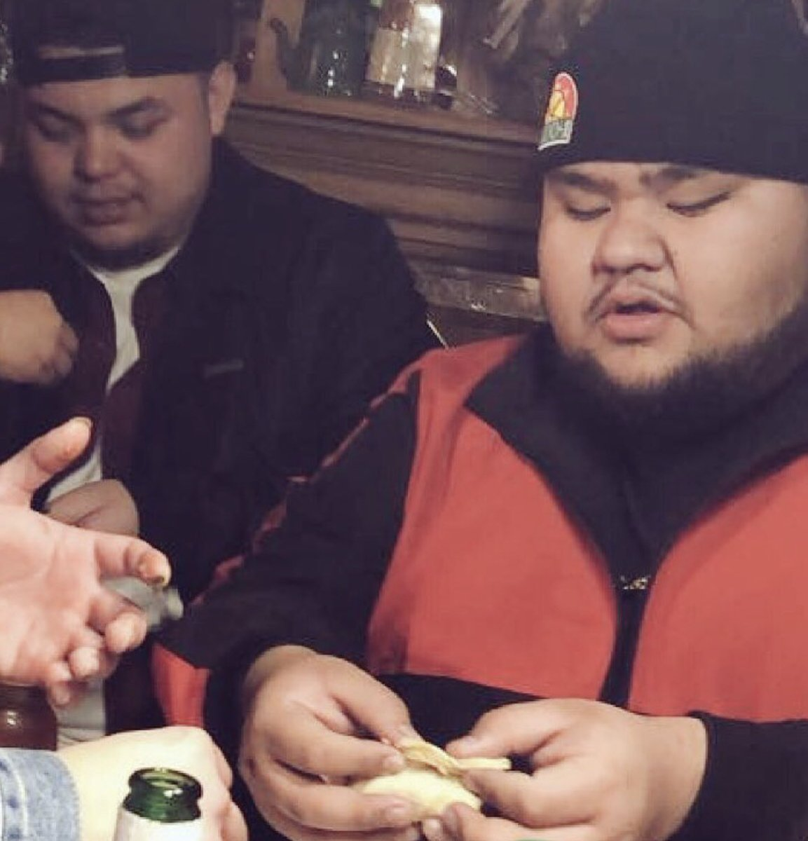 FREE SHOW IN AURORA TOMORROW AT 8PM I NEED PEOPLE TO GO AND VOTE FOR ME SO IF YOU DON'T GOT SHIT TO DO PULL UP TO THE COMEDY SHRINE IN AURORA. also here's a picture of me rolling up a taco like a blunt so I can eat it in one bite because chewing your food is overrated. Gracias. <br>http://pic.twitter.com/LuFqrd3GNj