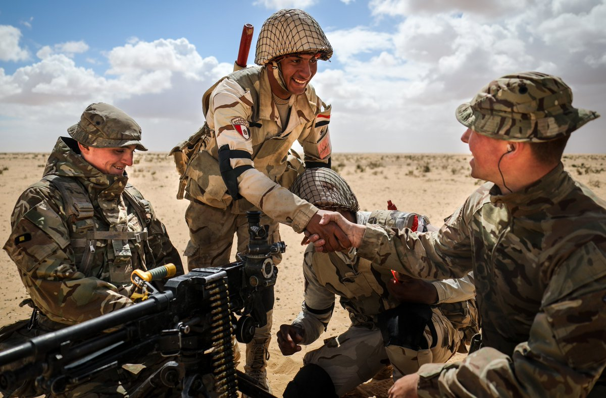 The 2nd Battalion, The @RoyalAnglians are currently on exercise in Egypt. They are combining and sharing tactical skills with the Egyptian 112 Infantry Brigade 🇪🇬🇬🇧 Read the story here: http://ow.ly/GTqS50nE2IH