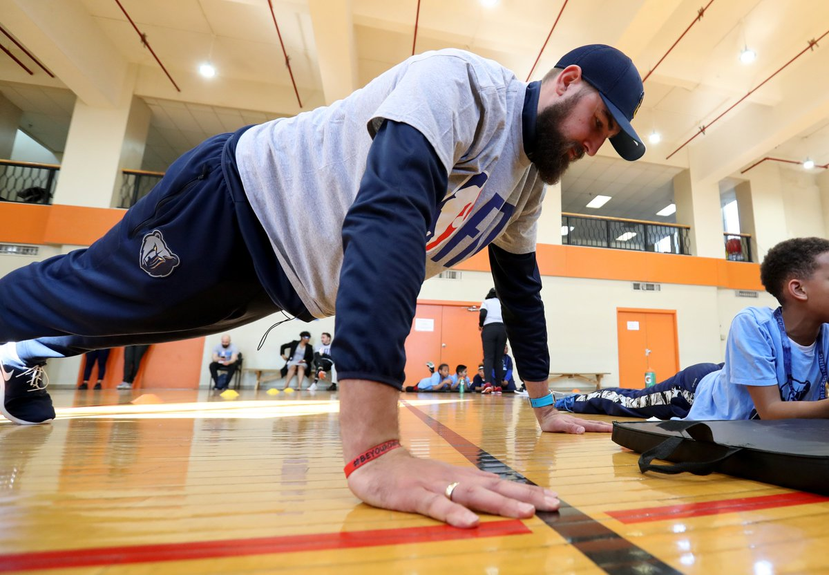 Our #NBAFIT Week festivities continued yesterday with a #GrizzFit Boot Camp at the @YMCAFogelman, featuring @JValanciunas and @delonwright as special guests.