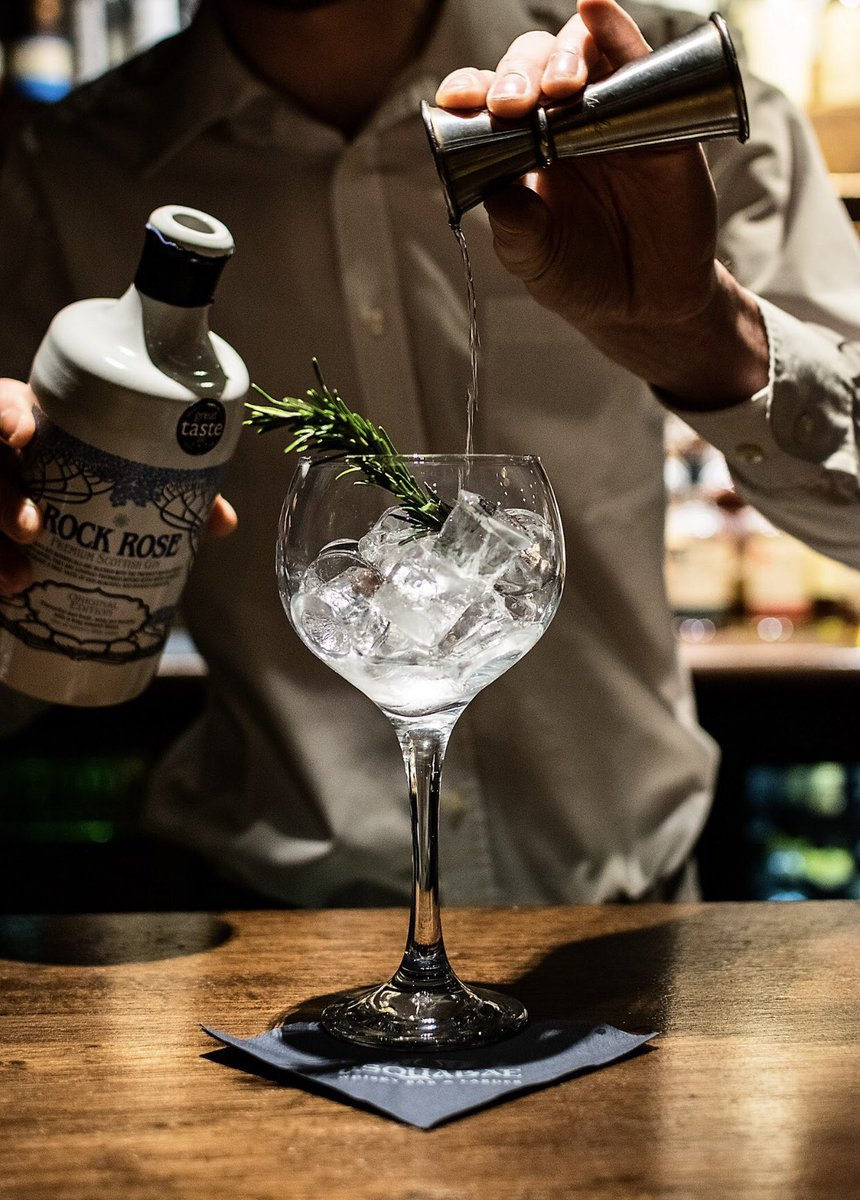 The West End Gin Festival is taking place from the 22nd to the 31st of March! 🌱 @RyansBarWestEnd and @UsquabaeBar have partnered with @RockRoseGin to create a special cocktail and perfect serve!  . Tickets available via Eventbrite @westendginfest  . #edinburghswestend #edinburgh