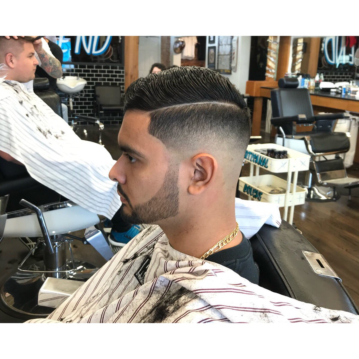 ❄️❄️❄️❄️ work by @miketeecuts     #eastendbarber #houstonbarber  #houstonbarbershop  #eastendbarber #everybodyhappy  #houstonbarberstylist #texasbarber #houston #htx #necksweat #testedandtrue #vinyl #igvinylclub #recordstore #appointmentonly #houstonrockets #houstonastros #hou