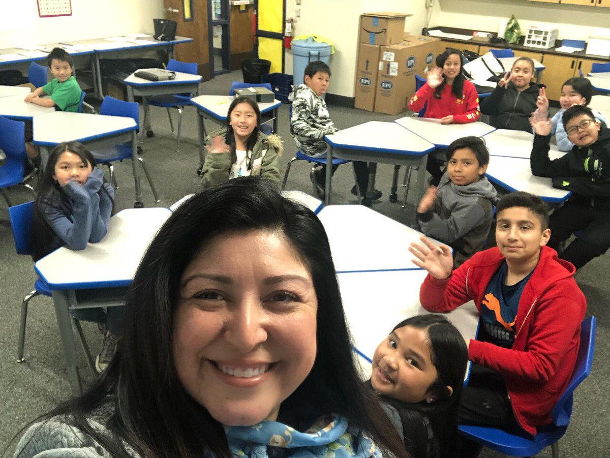 Listening to Vinci Park students today! How can we make your school a great place for learning? @BerryessaUSD #PathwaytotheFuture #studentvoice #LCAP <br>http://pic.twitter.com/NbTsqhsERj