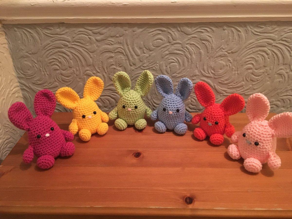 ff39389cfd #handmadehour #womaninbiz #crochet #etsy #easterbunny #easter #bunny  #crafty #handmade #creative #sheffieldissuper  #CraftBizPartypic.twitter.com/KOoMS1wy6E