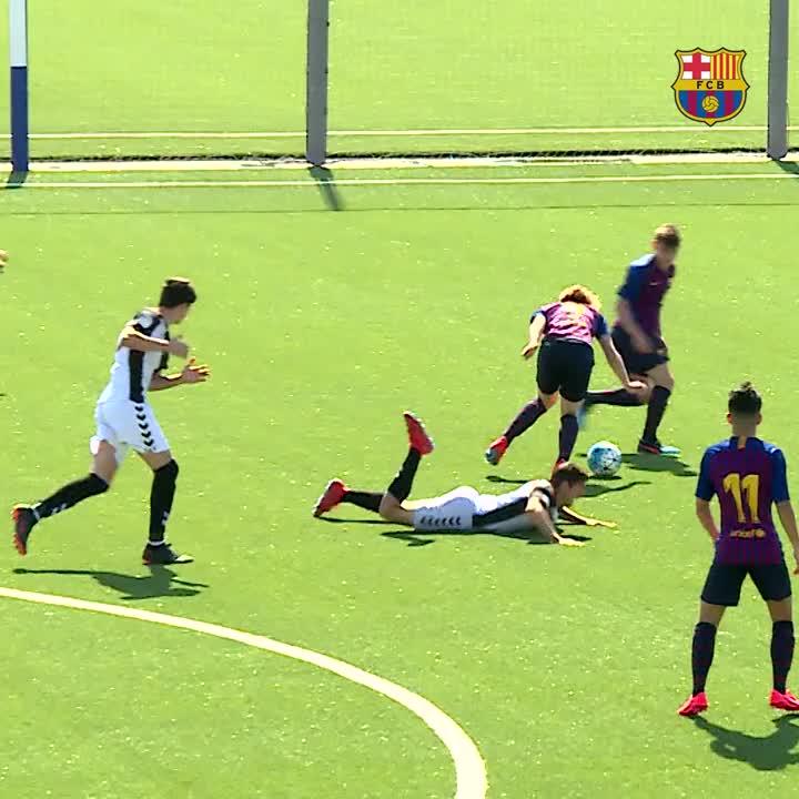🔝5️⃣⚽️👍 Els 5 millors gols de la jornada! 🔝5️⃣⚽️👍 ¡Los 5 mejores goles de la jornada! 🔝5️⃣⚽️👍 The best 5 goals of the weekend!  #FCBMasia #ForçaBarça🔵🔴
