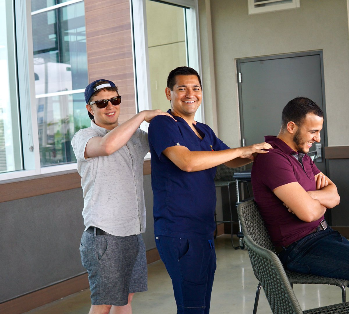 All aboard, here comes the back rub train.  P.S. This isn't just a resident wellness day activity. #krmc #Miami #EmergencyMedicine #residency<br>http://pic.twitter.com/cw4vKZpETQ