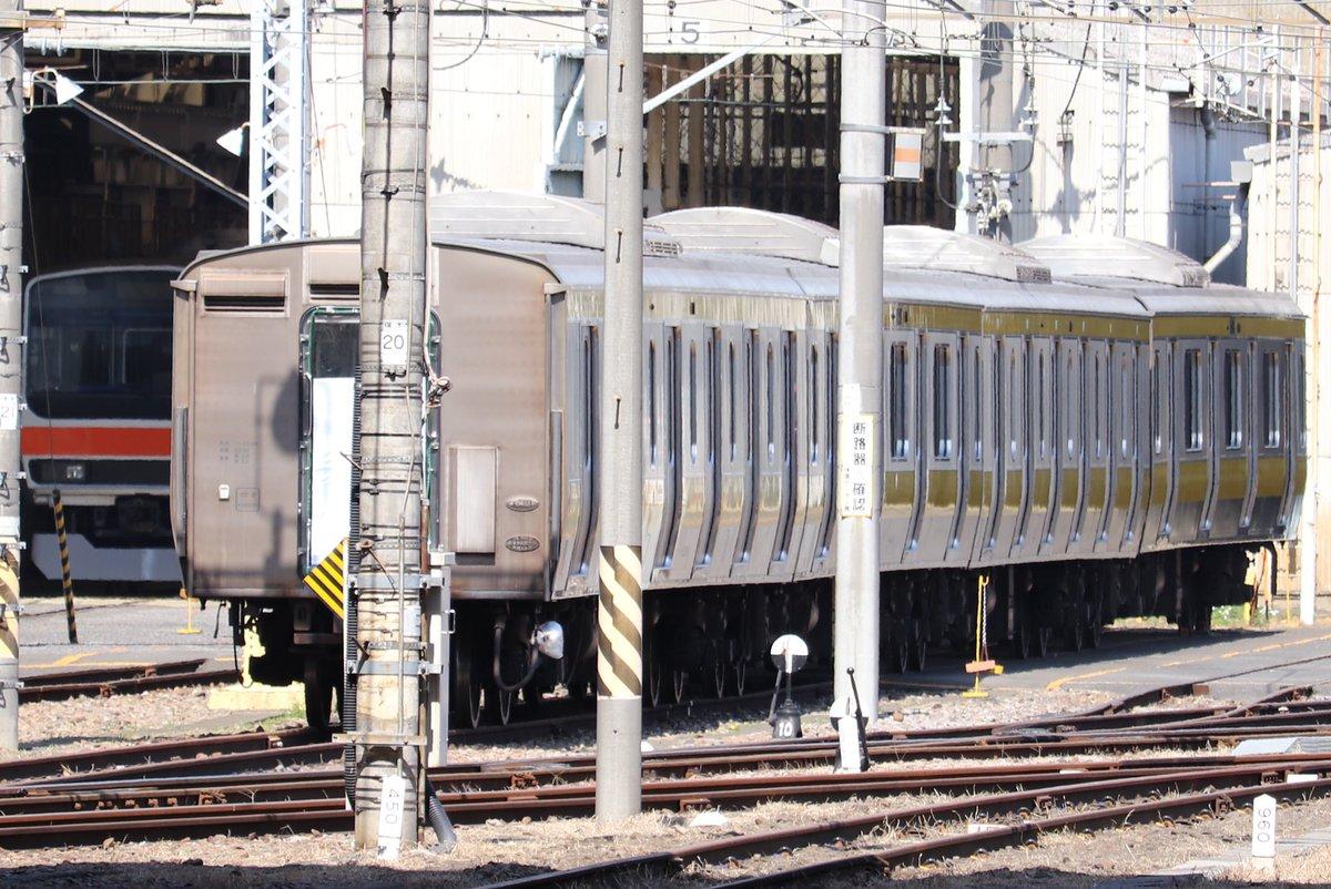 RT @miyahae_E233: ミツB24編成が武蔵野線帯に変わってました! https://t.co/940pDSzU0Q