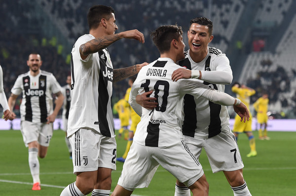 Juventus jerseys are the third most sold jerseys in France in the 2018/2019 season, After PSG &amp; Olympique Marseille. [ http:// Foot.fr  &nbsp;  ]<br>http://pic.twitter.com/BELEvqKu7N