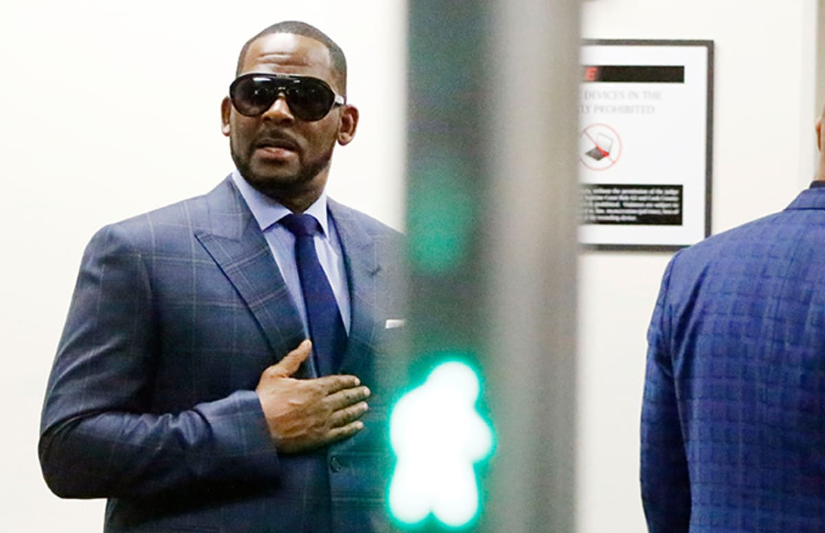 Is R. Kelly Leaving For Dubai?