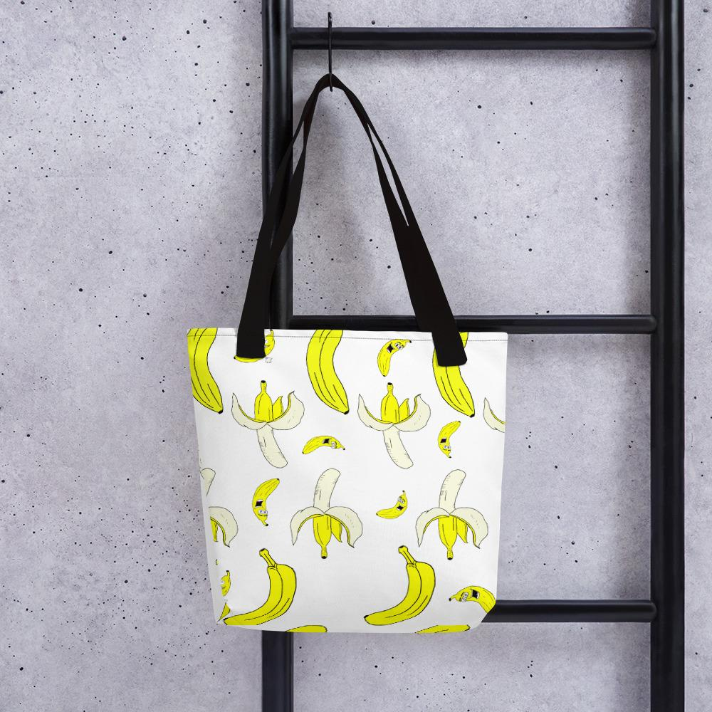 You will go Bananas for this Tote!  https:// theoffensiveveganapparel.com/collections/a- fruity-collection/products/a-peeking-high-quality-tote-bag &nbsp; …   Available Now! #Veganuary <br>http://pic.twitter.com/tX2f6TtNEv