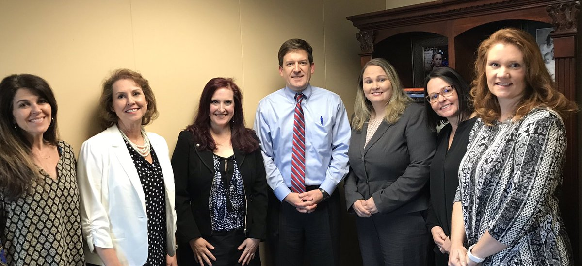 Awesome day advocating for accomplished teaching in Alabama! Thank you #alpolitics for listening and supporting! #ALNBCT #NBCTstrong #phenomenALNBCT @TCSBoardofEd <br>http://pic.twitter.com/b0V03aowks