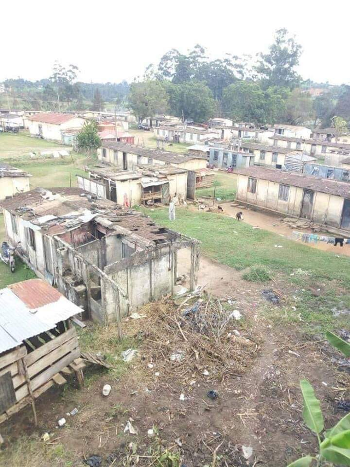 Good morning Uganda.  This is Jinja Police Barracks.<br>http://pic.twitter.com/lieZ4iyUuM