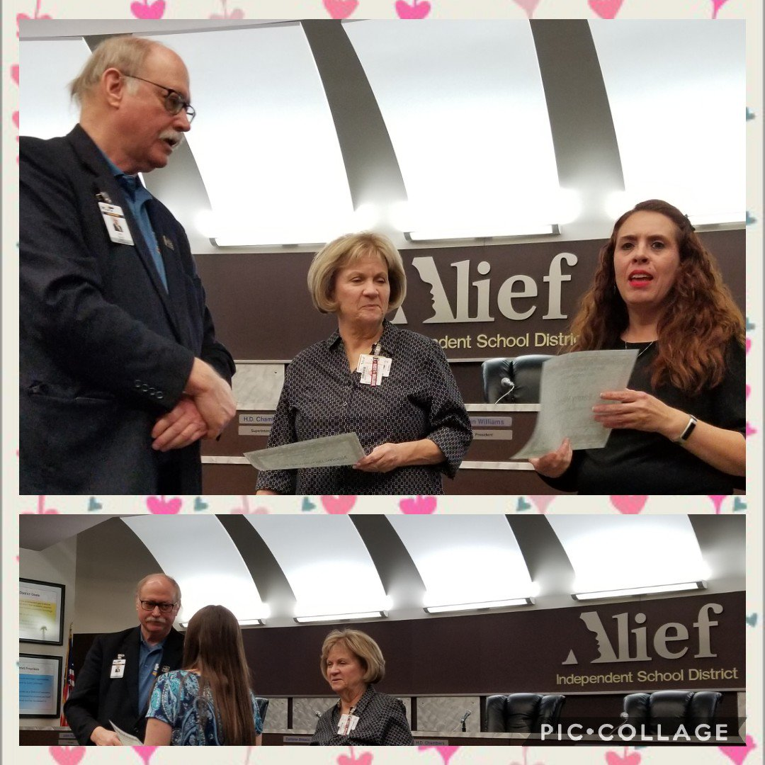 Alief teachers receiving their Foundation Mini-Grants this afternoon @FoundationAlief @aliefisd #AliefMission #WeAreHicksElem @HicksTigers @MendezClass