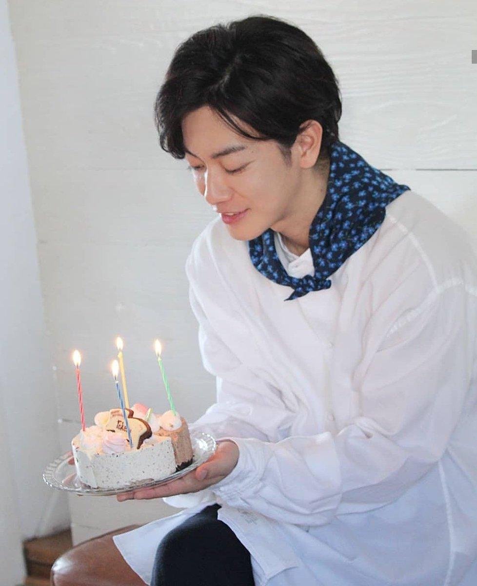 誕生日 佐藤健