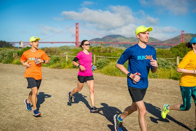 Run365, the Official Training Program of Biofreeze @TheSFMarathon, invites you to our free 18-Week Training Kickoff Event! Please join the East Bay &amp; SF Run365 chapters at Sports Basement Bryant St this Saturday at 8:00 am. All levels welcome. RSVP here:  http:// bit.ly/2FesxOd  &nbsp;  <br>http://pic.twitter.com/JhOwcLnPIb