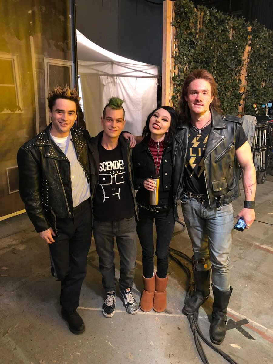 The #DeadlyClass Season Finale hits TONIGHT at 10/9c on SYFY. Who's live tweeting along with me?
