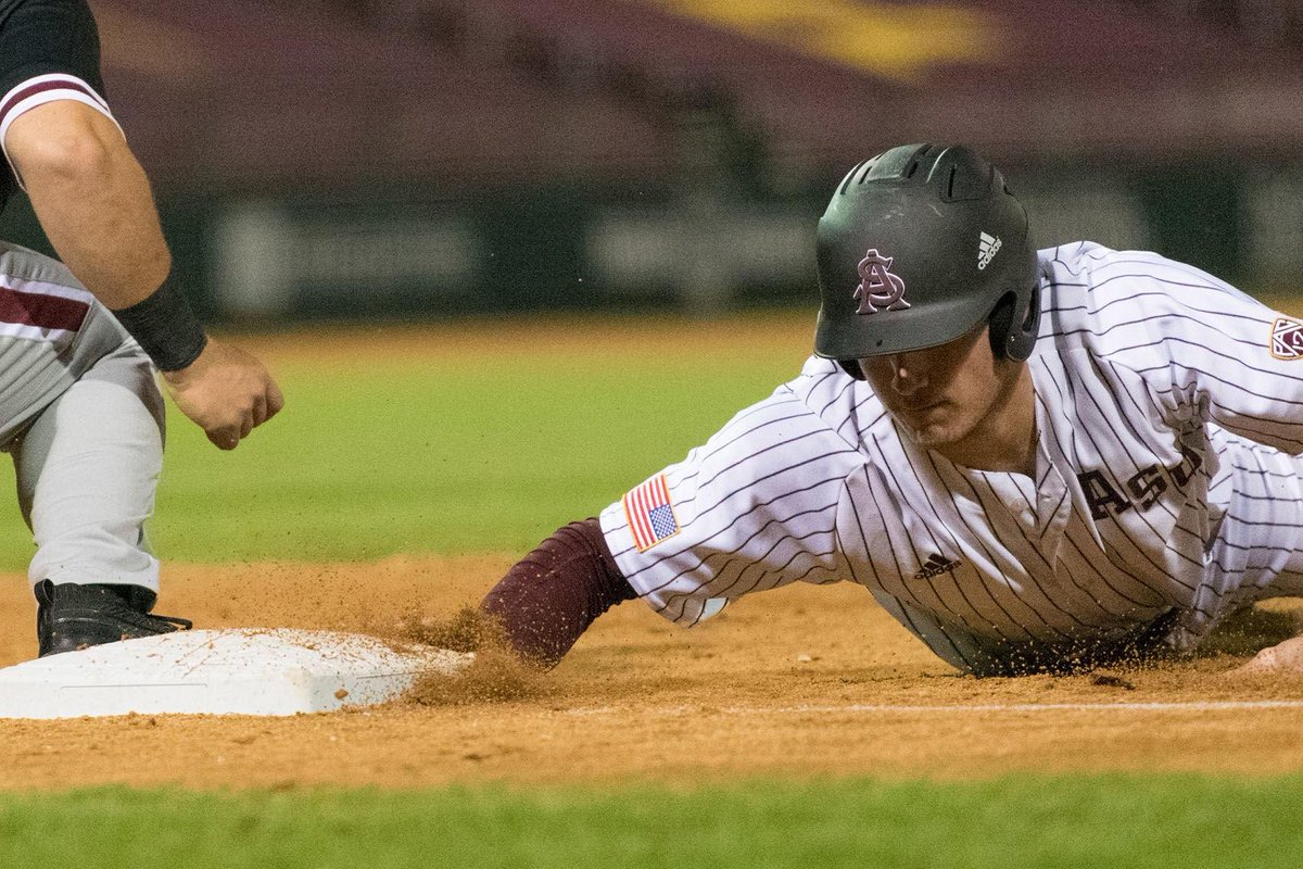 East Valley athletes playing key roles in ASU baseball's historic start.  http:// eastvalleytribune.com/sports/ev-athl etes-playing-key-roles-in-asu-baseball-s-historic/article_5d166e2e-4b41-11e9-ae95-7fd10911540f.html &nbsp; … <br>http://pic.twitter.com/PHr1C6W0dN