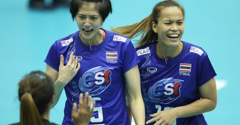 """Pleumjit &amp; Wilavan hope to give Thailand  its first Olympic qualification:  """"We&#39;re getting older and it&#39;ll be more difficult for the two of us to wait for the next edition, so we want to qualify this time to #Tokyo2020,"""" Wilavan said. Read more:  http:// bit.ly/2TLzVJI  &nbsp;  <br>http://pic.twitter.com/LSwc8Ln5uQ"""