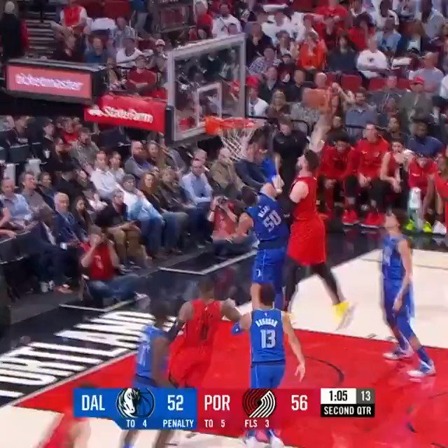Jusuf Nurkic slams it home with authority!  Half on NBALP: #RipCity 65 #MFFL 52  ����: https://t.co/cb8TXyNer6 https://t.co/xL8pmNSPZj