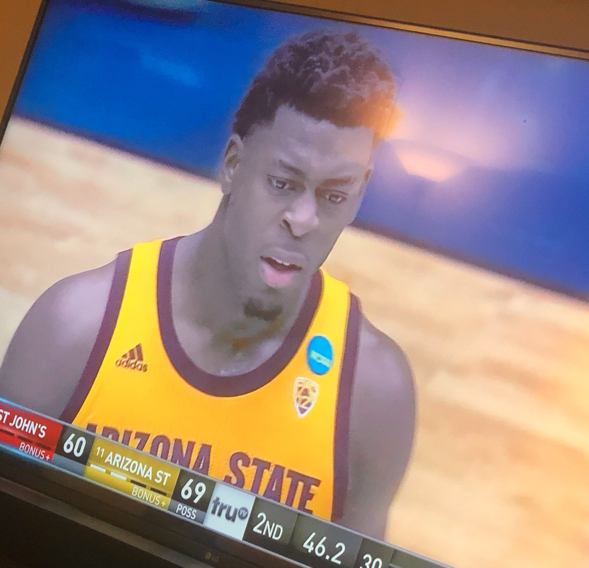 Race to 69™ with the freshman from Montreal making the face we all made at least once watching this game tonight