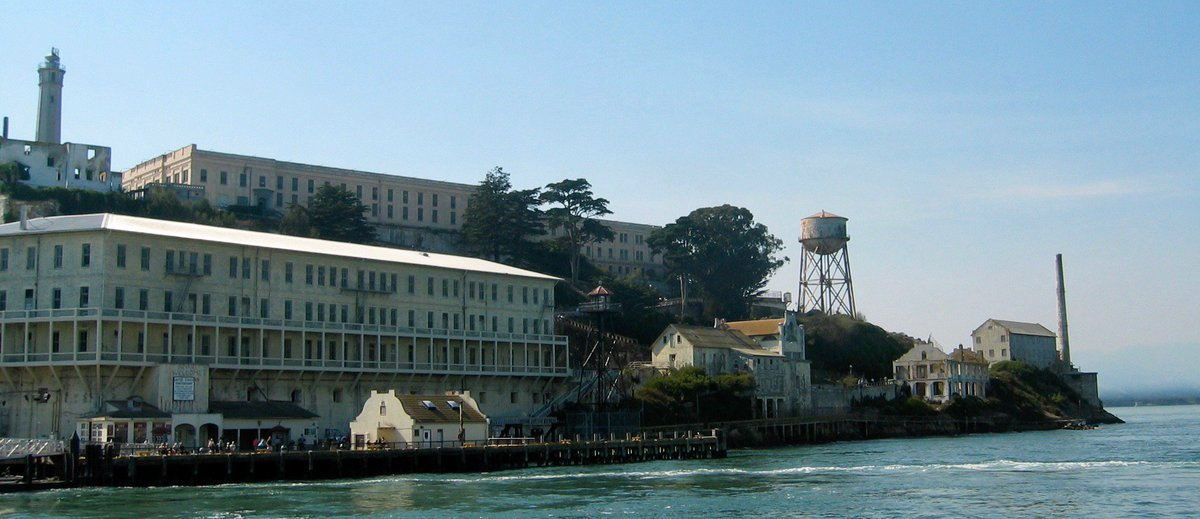 #TravelHistory - Today in 1963 the maximum security prison on #Alcatraz island in #SanFrancisco bay closed