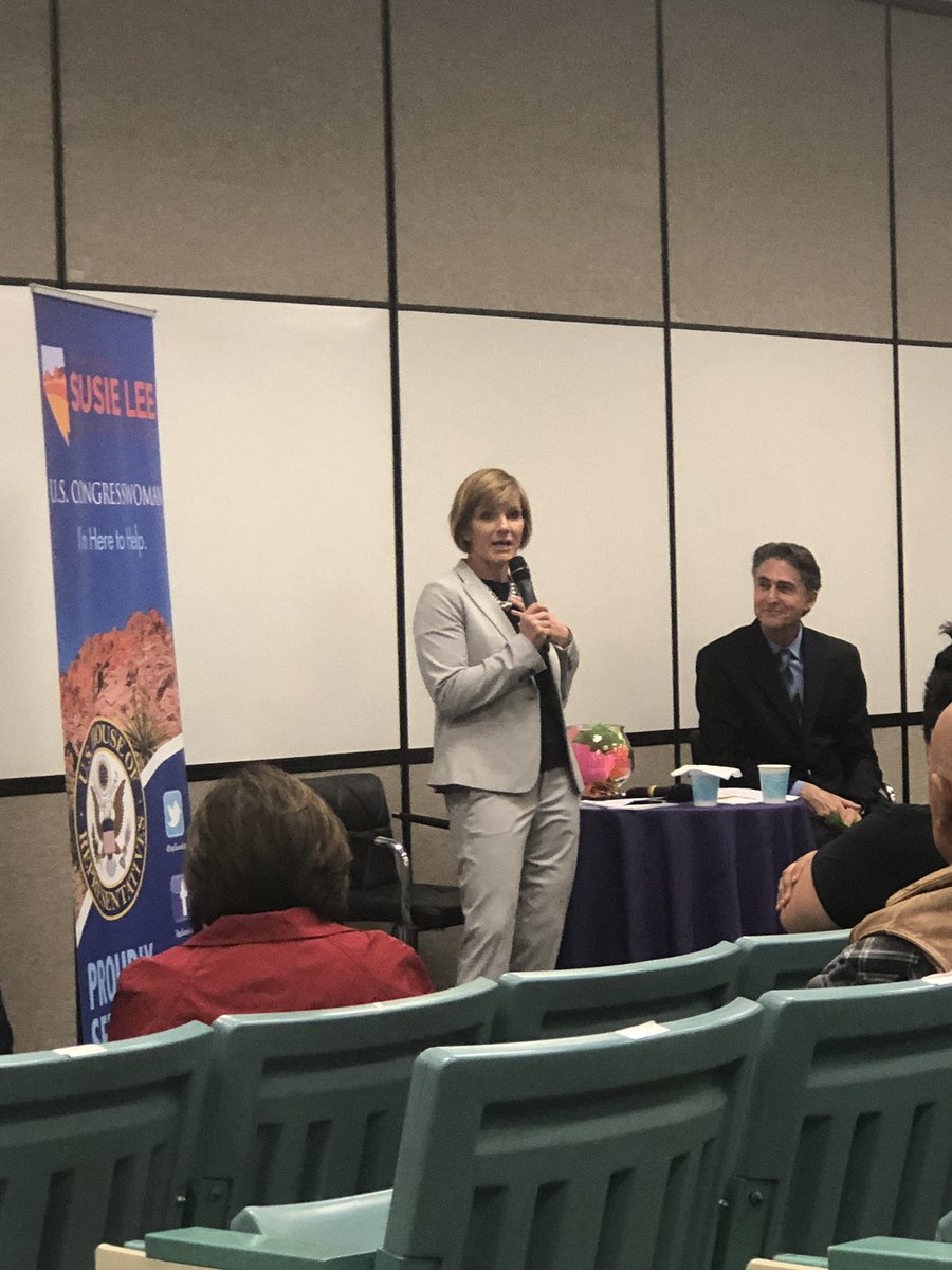 I attended Rep. Susie Lee's townhall tonight. Great event. Thank you Susie @RepSusieLee for a very informative forum.