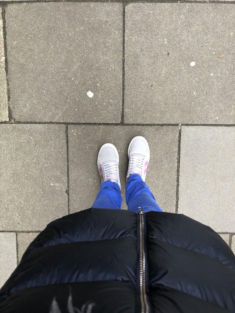 Heute mal zu Fuß zur Arbeit! #SuCoLa19 #endlichgehteslos https://t.co/582jwdRgxl