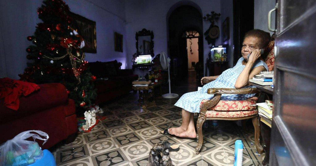 Last of Puerto Rican customers being reconnected to island's main power grid https://cbsn.ws/2JpyETU