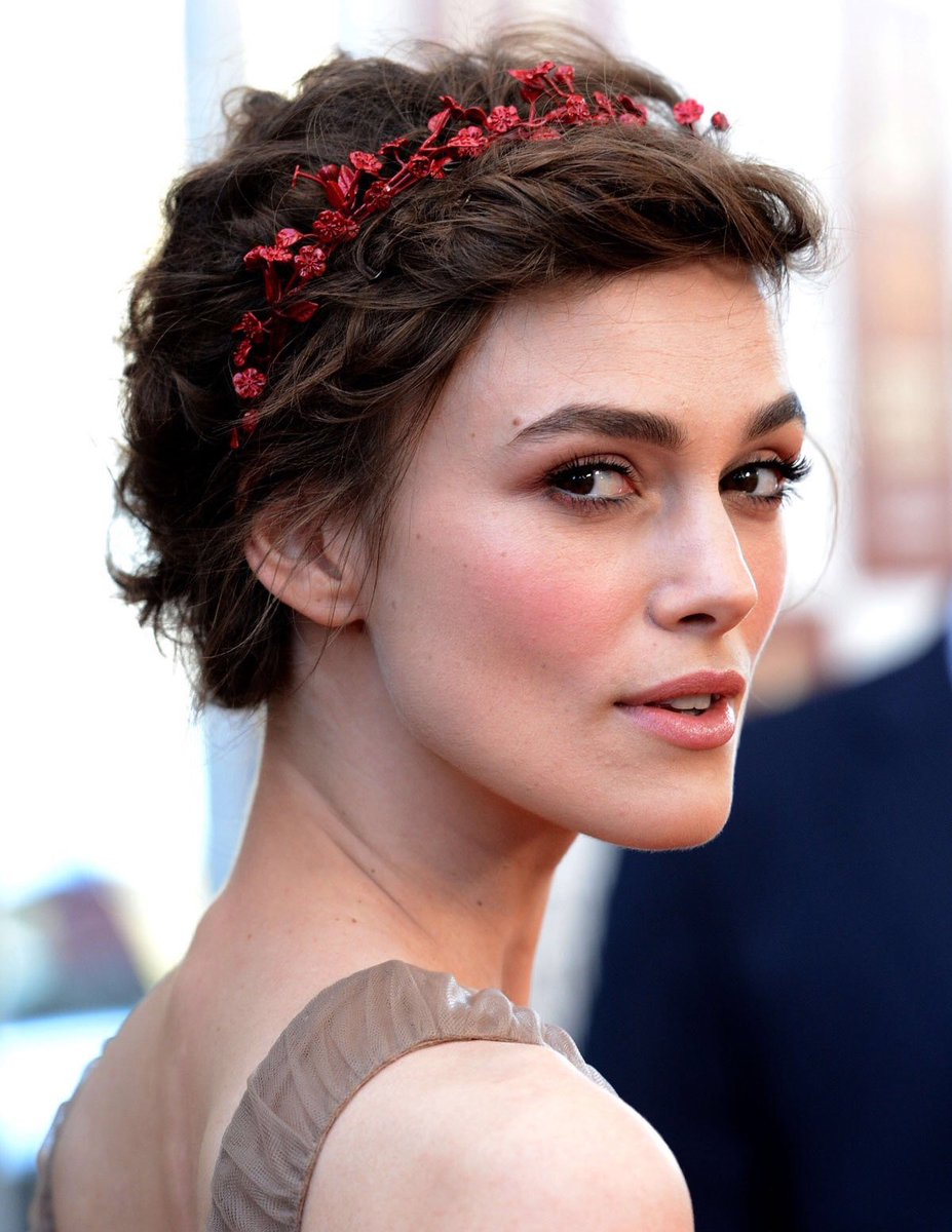 RT @KeiraKsource: Keira Knightley at the premiere of
