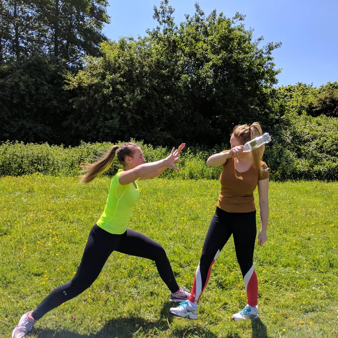 Throw back to some of the igloo team training bottle defences in the Summer sun ☀️  #tbt  #summer #fun #nofilter #jiujitsu #jitsu #bjj #martialarts #selfdefence #fitness #getfit #training #cardiff #southwales #wales #thisgirlcan #fitgirl #sportgirl #jiujitsugirls