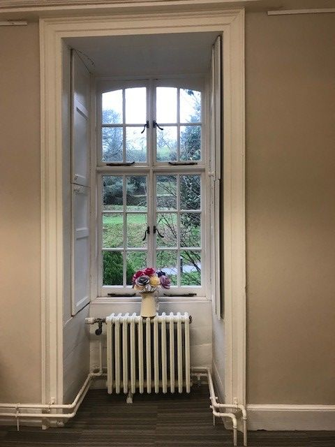 Exciting office space at #Cockington Court.  Join our #creative #business #community in an #inspiring setting.  Office details: http://bit.ly/2T1KjYE  #creatives #photography #digital #office