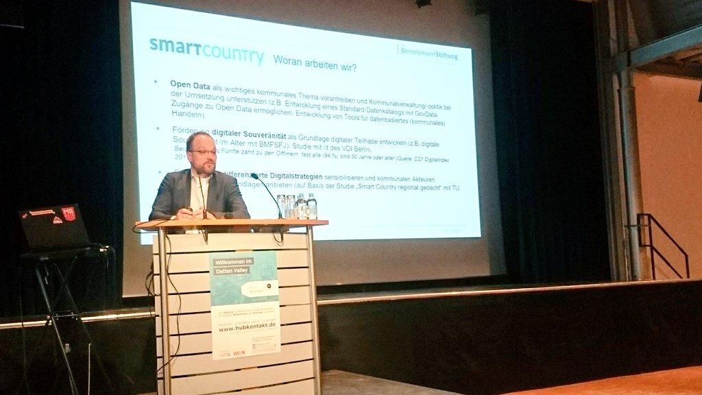 Input auf der #HubKontakt von @SmartCountryDE. Wie können ländliche Regionen #digital werden?