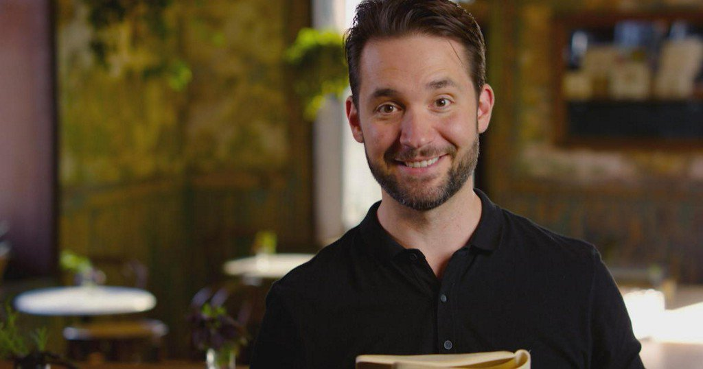 """Reddit co-founder Alexis Ohanian's note to his younger self: """"Trust your instincts"""" https://cbsn.ws/2TV7jgw"""